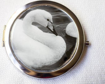 Pocket Mirror,  Compact Style,  Silver compact, Two Sided Mirror, Swan Art, Black and White Photography, Bridesmaid Gift , Round Hand Mirror