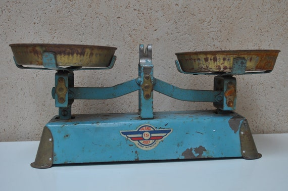 Vintage French Weigh Scales - Quality Toy