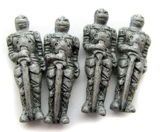 4 Large Knight Beads - LG319