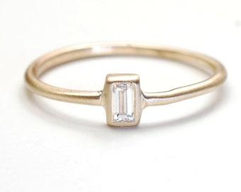 Diamond Ring, Engagement Ring, Baguette Diamond Ring, Diamond Engagement Ring, Gold, Gold Diamond Ring, Diamond Baguette, Modern Ring, Nixi