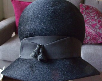 Vintage Sonni California Hat Imported Fur Made In Italy with Tassel