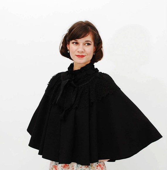 Antique Late 1800s Cape - Victorian Cape - Black Wool and Lace