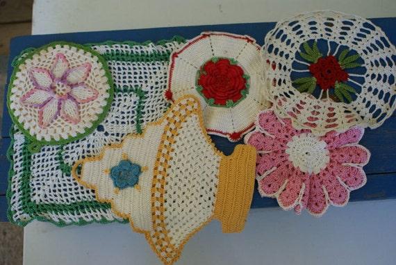 Vintage Crocheted Potholders lot of 6
