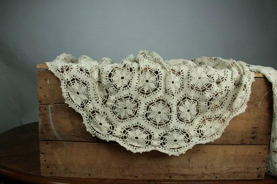 Vintage Tablecloth Crocheted Doily Floral Ecru Cotton GORGEOUS