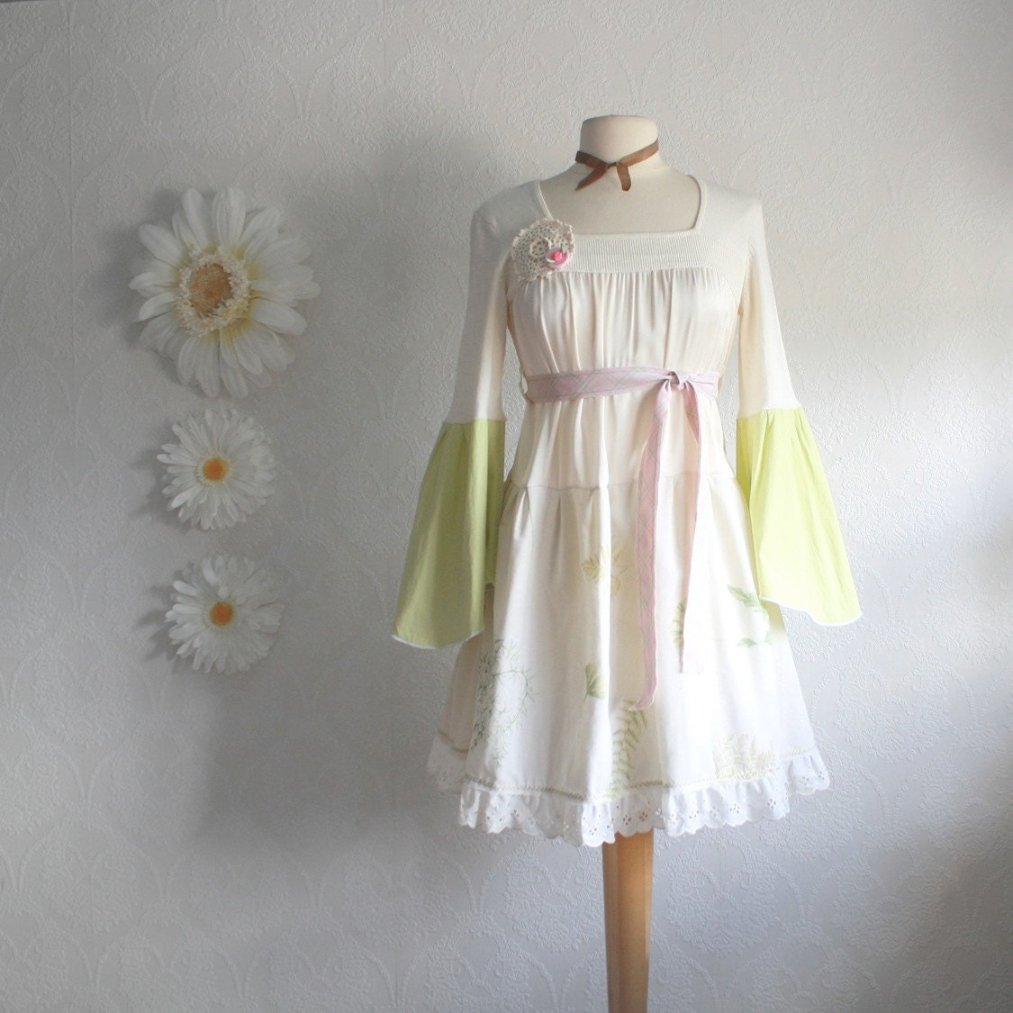 Retro Style Shabby Chic Dress Bohemian Chic Cream Silk Lime
