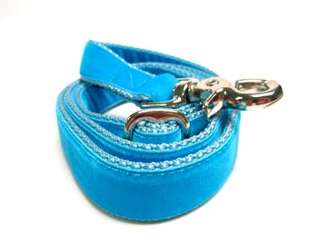 """4' Houndstown Turquoise Swiss Velvet Leash, Adjustable Handle, Lobster Claw Clasp, 1"""" Width"""