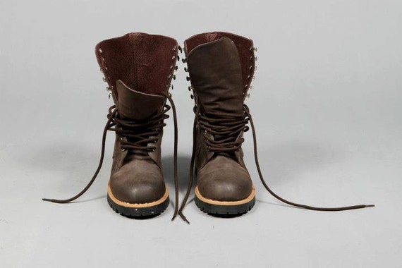 Vintage 90s Grunge Brown Lace Up Boots Size 7