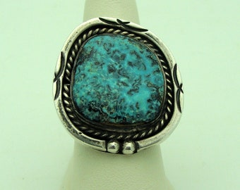 Vintage Navajo Sterling Silver With Turquoise Ring