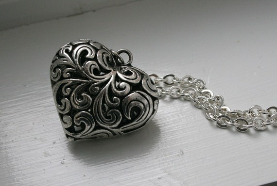 "Buy 3 Get 1 FREE Sale""""""Chunky Long Heart Necklace..."