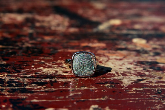 LUX DIVINE Stackable Druzy Ring Silver