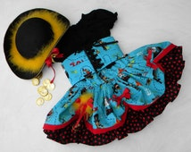 Toddler Girls Halloween Pageant Pirate Costume with Tri-corner Hat, Poofy Twirl Skirt, Corset, Peasent Blouse, Couture Sizing up to a T4