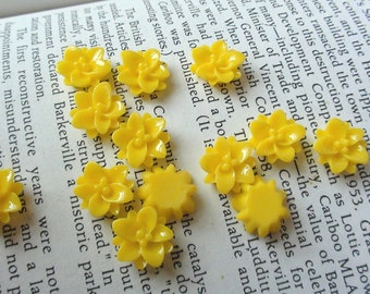 8 Small Yellow Resin Flower Cabochons 12mm