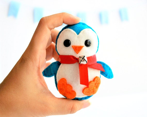 Christmas ornament, Baby Penguin plush, Eco-friendly Felt Ornament, baby shower party favor, child A137
