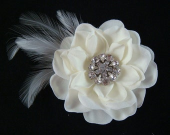 Realistic Light Ivory Hair Flower with rhinestones and feathers / bridal ivory flower clip / wedding ivory feather flower