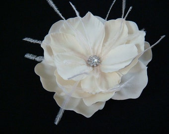 Deep Ivory Hair Flower with ostrich feathers and RHINESTONE centerpiece / bridal ivory flower hair clip