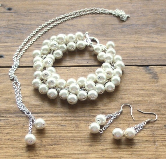 SALE, Ivory Pearl Jewelry Set, Cluster Bracelet, Necklace, Earrings, Bridal Jewelry