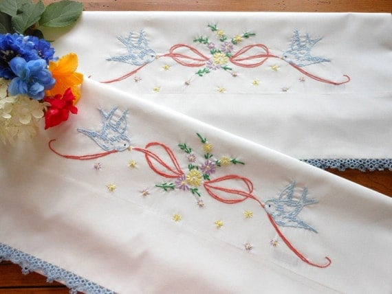 Beautiful Unused Hand Embroidered Hand Tatted Pillowcase Pair