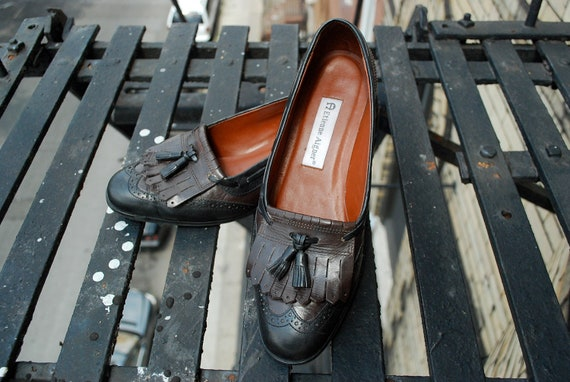 Two Tone Wing Tip Etienne Aigner Newcastle Heeled Leather Loafers with Tassles