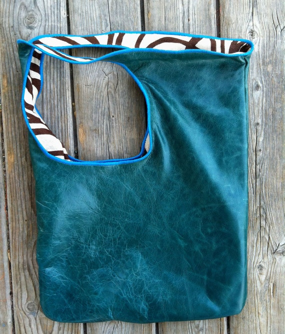 Leather Purse. (HANDcrafted)