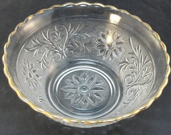 Vintage Anchor Hocking Crystal Sandwich Glass Gold Trim Scalloped Bowl