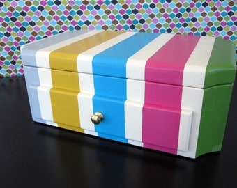 Jewelry Box in Pink, Yellow, Blue, Green and Grey: Luka