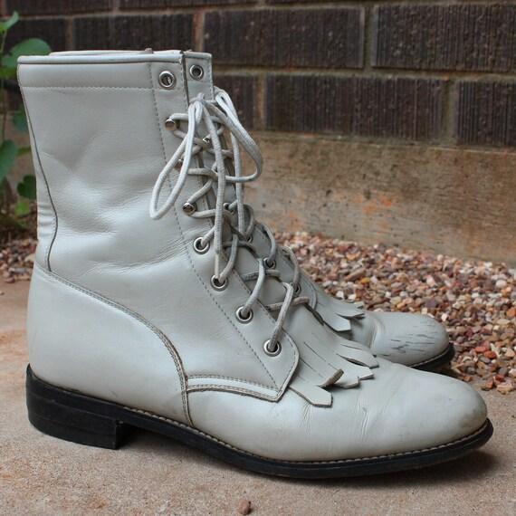 Vintage Cream Diamond J Lacer Boots Sz 9