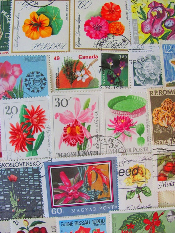 Green Thumb 50 Vintage US Worldwide Postage Stamps Philately Flowers Plants Bouquet Fruits Vegetables Mushroom Horticulture