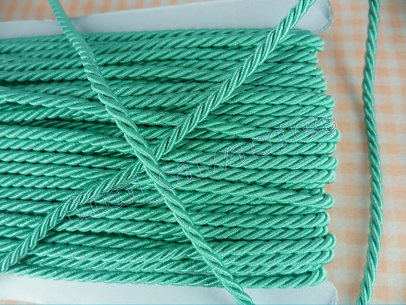 Emerald Shiny Twist Cord Bails Bedding Piping Rope String 3 Yards