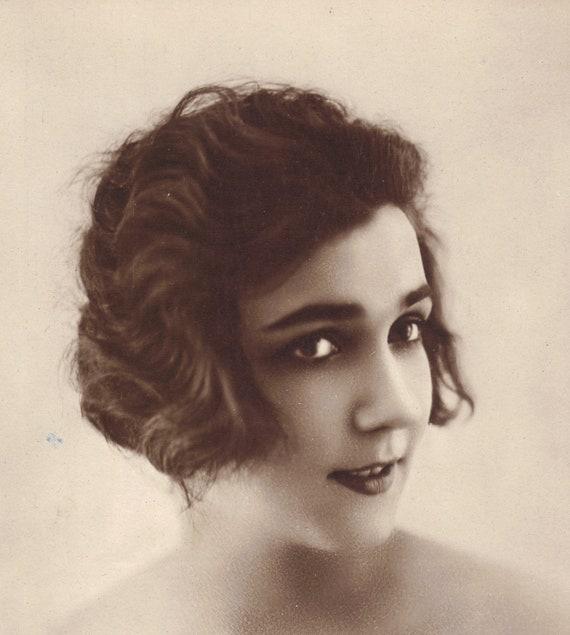 Chimene 1910s/20s A Noyer French Postcard