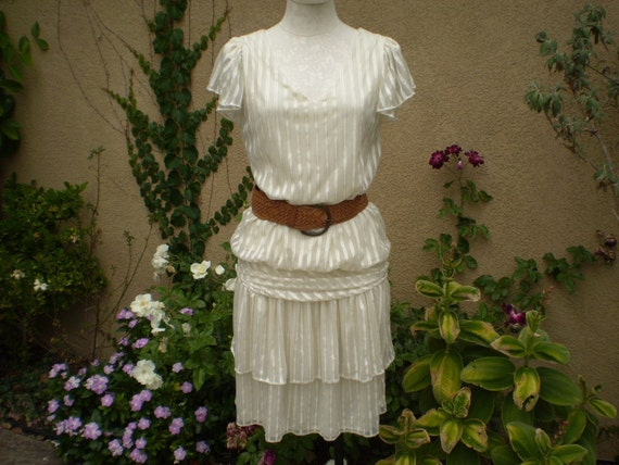 vintage 1970s handmade rouched cream and gold dress size S M