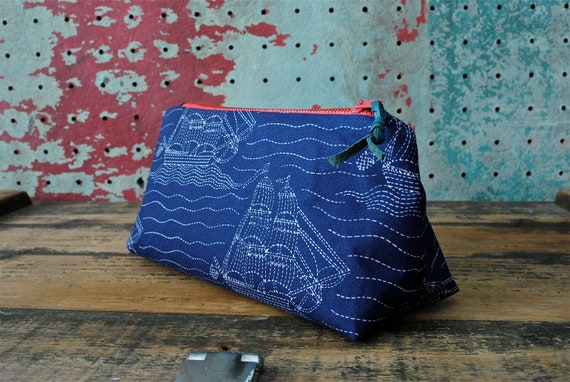 Nautical Zip Purse w/ Vintage Leather Zipper Pull / Vintage Printed Cotton Fabric with Ships and Waves