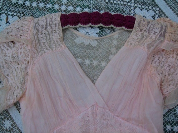 Sale Gorgeous GOWN 1930's PINK Sheer ORGANZA w Lace