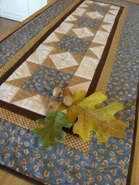 Quilted Table Runner - SAWTOOTH STARS in Blue and Tan
