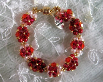 Ruby Red Bracelet with stunning beauty of Pearlites Pearl