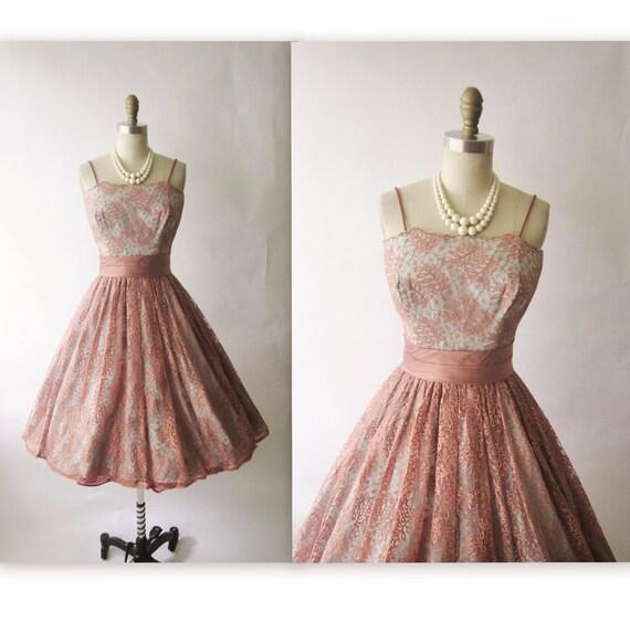 50's Lace Dress // Vintage 1950's Lace Cocktail Party Prom Mad Men Dress S