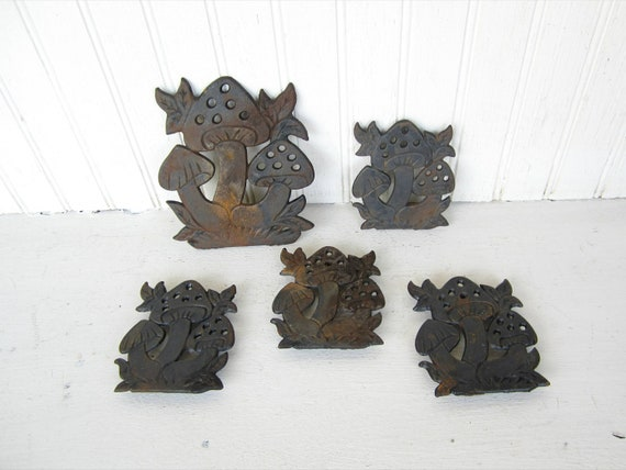 Vintage Rusty Cast Iron Trivet Mushroom Inspired Lot by thejunkman