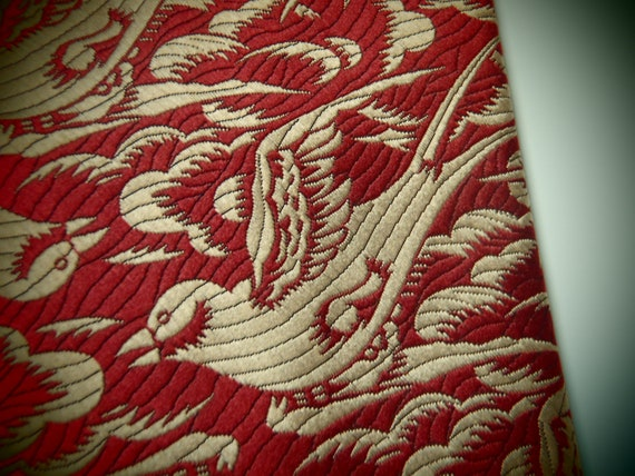 Vintage Mens Necktie Wide Gold and Burgundy Tie with Swallows