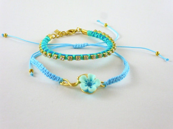 Turquoise gold gilded bracelet with  resin blossom and crystals