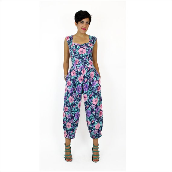 80s floral print jumpsuit S / sweetheart neckline / patterned pants