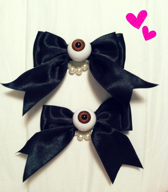 2 Eyeball Bow Clips with Glass Pearls spooky cute pastel goth creepy