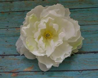 Silk Flowers - One Large Peony in Creamy White with Yellow Green Accents - 6 Inches - Artificial Flowers