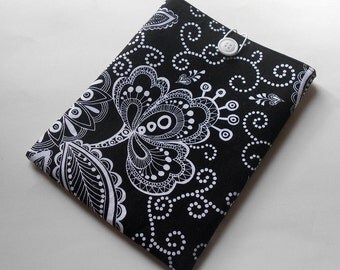 Kindle cover/Kindle sleeve/Nook sleeve/e-reader cover - Black and White Floral