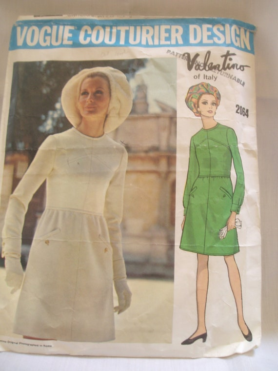 Vintage 60's Vogue Couturier Design VALENTINO  Pattern 2064 for Dress Size 10