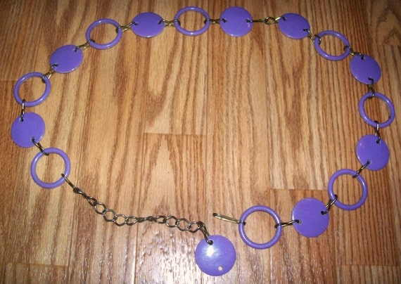 60s Plastic Purple Link Belt