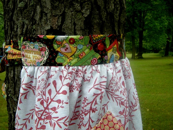 Apron Made from Vintage Tablecloth, Mary Engelbreit Waistband and Border, Red Vine Print, with Red Pocket