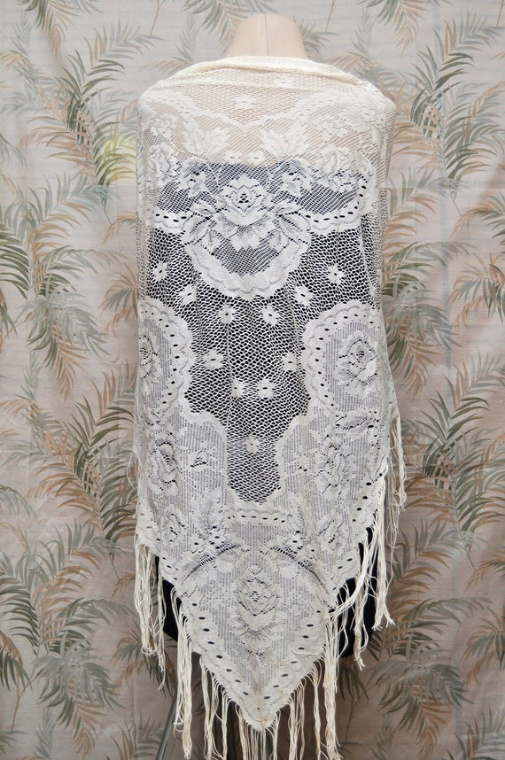 Vintage Lace Shawl Victorian Boho Style Wedding or Prom