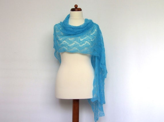 knit lace shawl, ultralight, delicate, turquoise