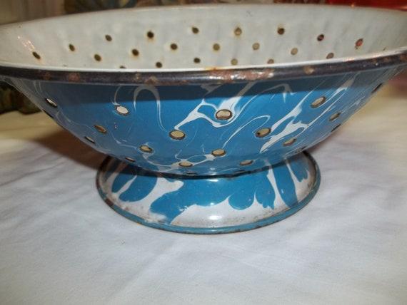 Vintage Blue Graniteware Enamelware Colander