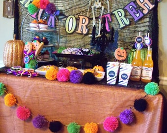 FUN-ky Halloween Yarn Pom Pom Garland  - for Party Decor, Banners, Buntings and Photo Props
