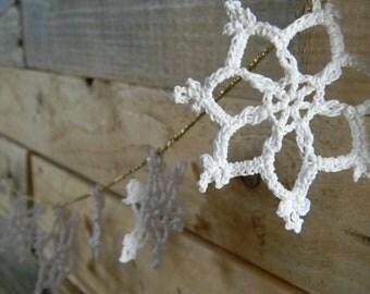 Christmas Snowflake Garland cotton and metallic thread
